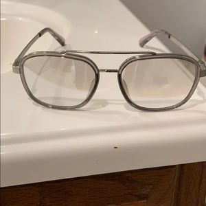 NWOT GUESS Clear Sunglasses